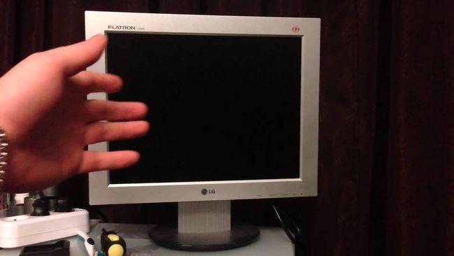почему компьютер не включает монитор