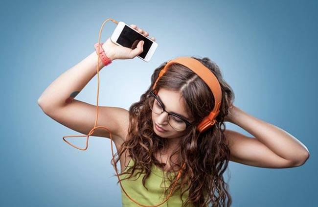 Скачать музыку на айфон через компьютер