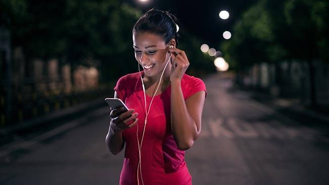 Как перекинуть музыку с компа на телефон