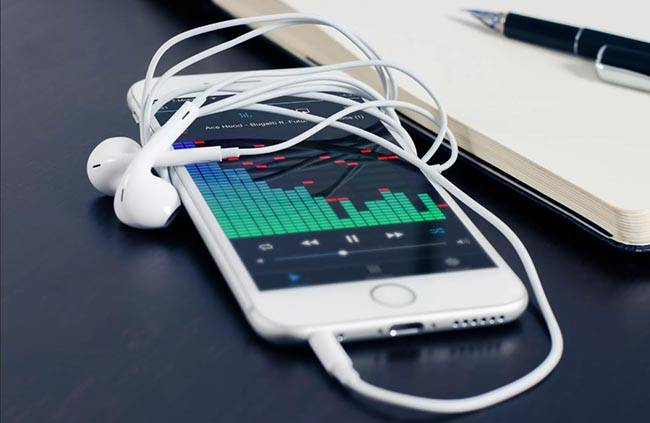 Как закачать музыку на айфон без компьютера
