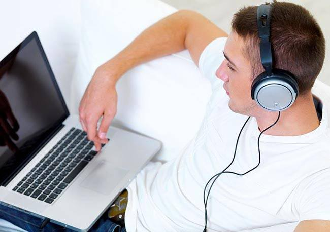 Установить проигрыватель для музыки на компьютер бесплатно